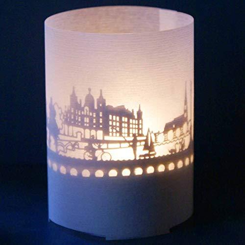 13gramm Schwerin-Skyline Windlicht Souvenir in der Geschenk-Box, 3D Edelstahl Aufsatz für Kerze inkl. Kerze, Projektionsschirm