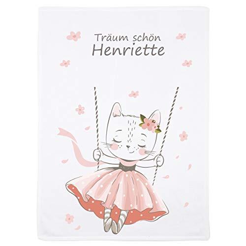 decke mit Namen und Katze auf Schaukel - personalisierte/individuelle Geschenke für Babys und Kinder zur Geburt, Taufe und Geburtstag - 75x100 cm ()