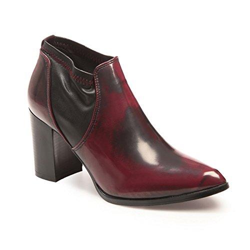 La Modeuse - Low boots bout pointu aspect cuir vernis avec effet vieilli Rouge