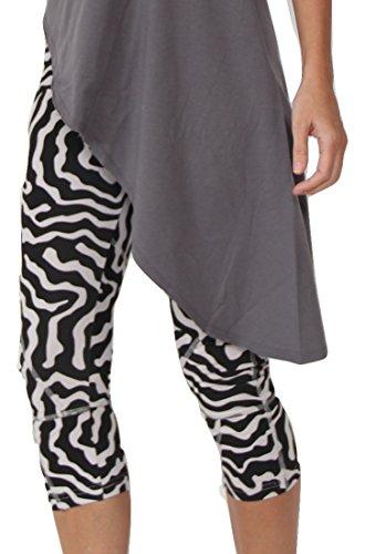 Prancing Leopard Yogahose Seychelles in Bio-Baumwolle - 3/4 Capri Yoga Leggings Damen - XL - Animal Print -