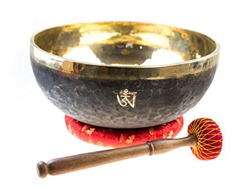 Große Klangschale verwendbar als Fußklangschale für Wellness und Therapie, inklusiv rotem Ring und einem Spezialklöppel -4400-, XXL Klangschale-Set, hergestellt in Handarbeit in Nepal, hochglanzpoliert mit OM-Gravur