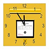 banjado Wanduhr aus Glas | geräuscharme Uhr 30x30cm | Glasuhr für Küche, Büro, Wohnzimmer, Kinderzimmer | Motiv Briefkasten Gelb