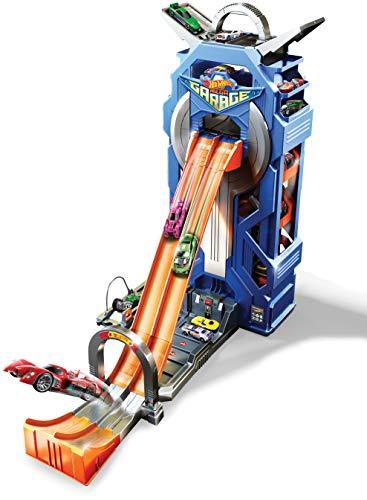 Hot Wheels FTB68 City Power Parkgarage, Stunt Spielzeug Garage und Parkhaus für +35 Autos inkl. 1 Spielzeugauto, ca. 57 cm hoch, ab 5 Jahren
