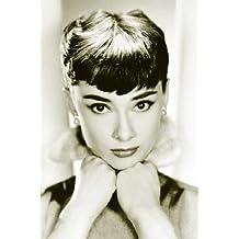 1art1® Empire 213242 - Póster grande de Audrey Hepburn (61 x 91,5 cm), color blanco y negro