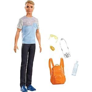 Barbie Muñeco Ken Vamos de viaje con accesorios (Mattel FWV15)