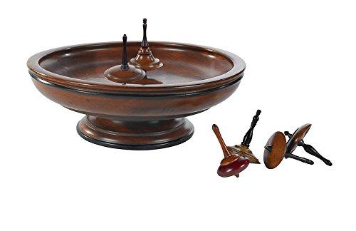 Kreiselspiel aus Holz mit Kreiseln und Spielfeld