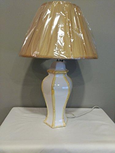Lámpara de porcelana inglesa