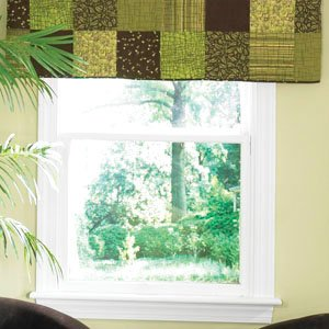 donna-sharp-pistachio-square-quilted-cotton-valance-or-runner