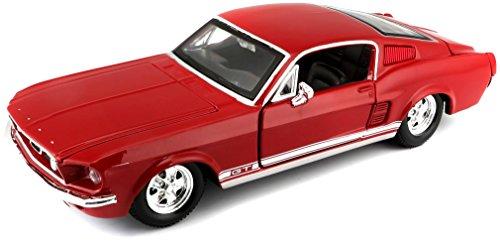 Maisto Ford Mustang GT 1967: Originalgetreues Modellauto 1:24, mit Türen und Motorhaube zum Öffnen, Fertigmodell, 20 cm, rot (531260)