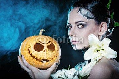 druck-shop24 Wunschmotiv: Girl with makeup for Halloween. Pumpkin #121081342 - Bild auf Alu-Dibond - 3:2-60 x 40 cm/40 x 60 cm