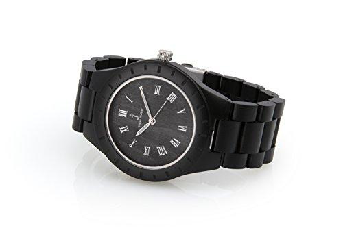 James Walker Herren Holzuhr Schwarz Silberne Edition als handgefertigte Holz Armbanduhr aus echtem Sandelholz und Naturprodukt im nordirischem Design