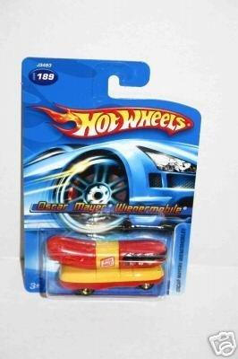 2006-hot-wheels-oscar-mayer-wienermobile-189-no-series-by-hot-wheels