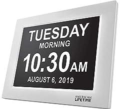 Idea Regalo - [Nuova Versione] Day Clock - Orologio Sveglia Digitale Extra Large per Bambini, Anziani e Pazienti Affetti da Demenza Senile con Problemi alla Vista, con 5 Allarmi Programmabili (Bianca)