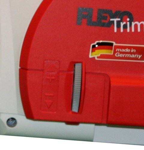 Ikra 23704001 KSE 2540 LA Flexo Trim Tronçonneuse électrique