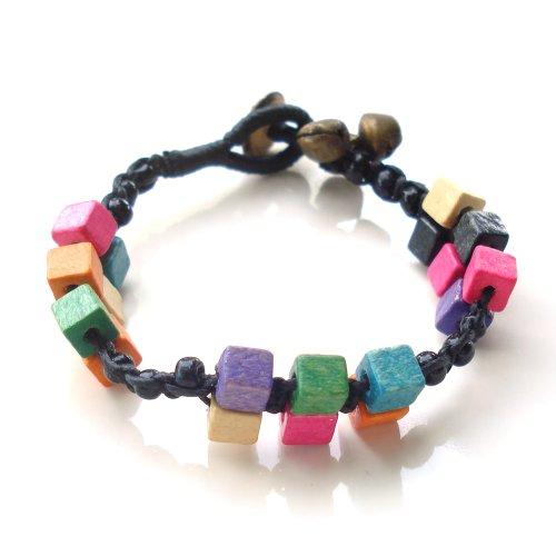Idin Armband Schwarz Perlen Wachs Kordel mit Messing Glocken und mehrfarbig Holzwürfel handgefertigt Armband