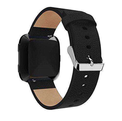 Fitbit Versa Armband Leder, 3 Farben Weiches Lederarmband Armbänder Sport Ersatzband Zubehör Uhrenarmband mit Metall Konnektoren für Fitbit Versa Tracker (Schwarz)