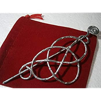 Tuchnadel gehämmert keltischer Knoten 40 x 85 Millimeter Aluminium funkelnd diamantiert in silberfarben Geschenk
