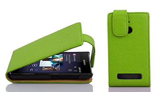 Cadorabo Hülle für Sony Xperia E1 Hülle in Apfel grün Handyhülle aus Strukturiertem Kunstleder im Flip Design Case Cover Schutzhülle Etui Tasche Apfel-Grün