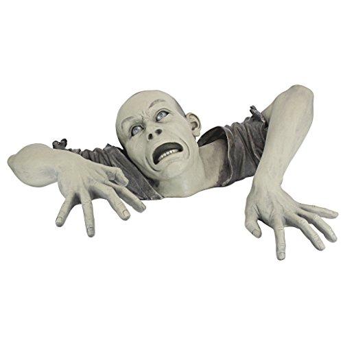 Design Toscano Figur in Form des Zombies von Montclaire Moors, Maße: 20 x 80 x 50 cm