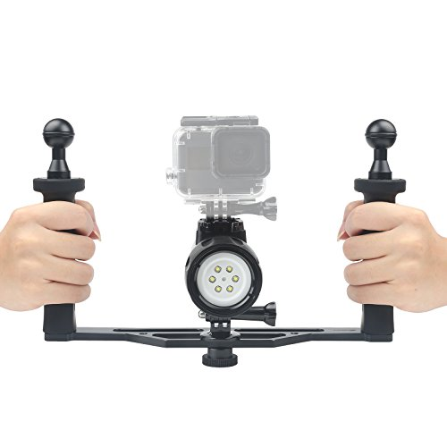 D&F Unterwasser Taschenlampe Kit 1000LM LED Tauch Licht Wasserdicht 60m mit Dual Hand Handgriff Stabilizer für GoPro Hero 6/5/4 / Hero (2018), AKASO, Campark und Andere Action-Kamera
