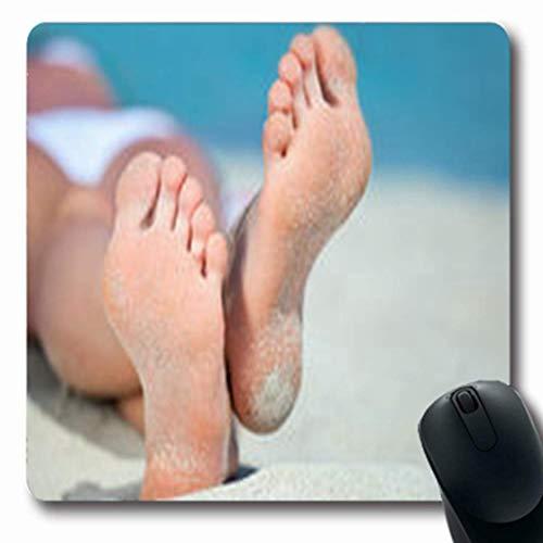 Luancrop Mousepads Zehen-Füße auf dem weißen Sand Nicht erkennbar nahe Parks Strand-Küstenlinie im Freien Längliche Spiel-Mausunterlage rutschfeste Gummimatte (Freien Park Spielen Im)