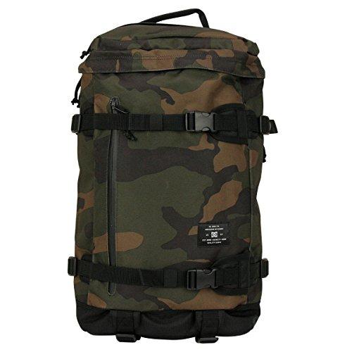 dc-herbst-winter-16-rucksack-bold-camo-grun