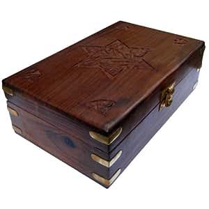 Sculpté à la main Belle vieille boîte en bois de l'Inde