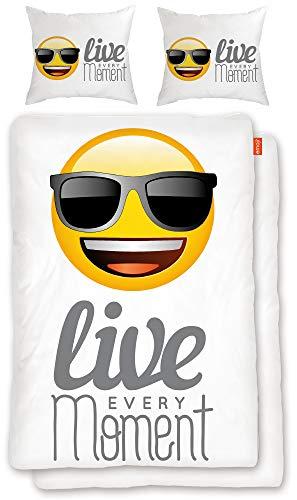 BERONAGE Original Emoji Wende-Bettwäsche Live Every Moment 135 x 200 cm + 80 x 80 cm - 100{ca68e6a8562874bd18248e03d6430bf731c7a384959ce90124e801caf137a5cc} Baumwolle Linon/Renforcé Bettbezug Bettzeug Emojis Lifestyle Cool deutsche Größe EM 083
