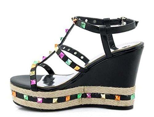 Beauqueen Scarpe Rivet Decorazione della pompa della piattaforma dei sandali delle donne delle ragazze straps ankle casuale nero argento Europa formato 34-39 Black