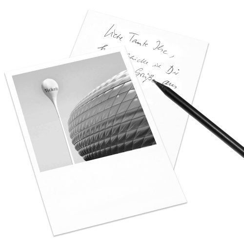 carte-postale-munich-au-look-polaroid-din-a6-format-portrait-motif-allianz-arena
