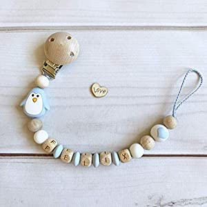 Schnullerkette mit Namen hellblau weiß Holz Silikon Junge Pinguin