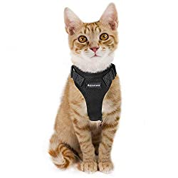 Cat Harness Escape Proof Small Cat Dog Mesh Vest Harnesses, Adjustable Puppy Kitten Walking Harness No Pull No Choke Design with Leash Clip & Reflective Strips for Best Comfort & Safety, XS Black