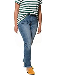 609680f932f39 Studio Untold Women s Plus Size Rhinestone Accent 5 Pocket Jeans 718386