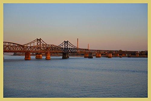 bild-mit-rahmen-hady-khandani-sino-korean-friendship-bridge-over-yalu-river-between-china-and-north-