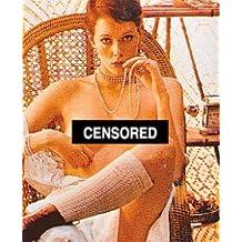 SYLVIA KRISTEL AS EMMANUELLE FROM EMMANUELLE #6 - Photo cinématographique en couleur - STANDARD - 25x20cm