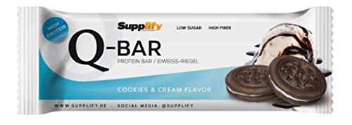 Protein Riegel Low Carb Q-Bar – Whey Isolat Proteinriegel Von Supplify Zum Abnehmen Oder Muskelaufbau – Cookies and Cream 12x 60g - ein echter power-bar als Proteinpulver und Eiweiß Shake Ersatz