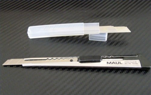 ultra-sharp-stainless-steel-car-wrapping-film-knife-with-2-spare-blades
