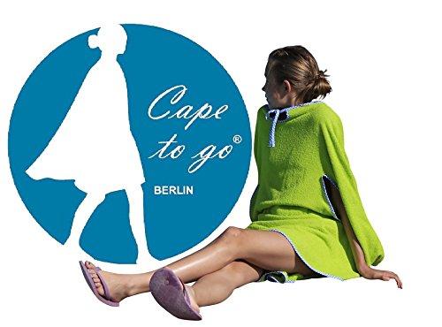 CAPE TO GO® Badeponcho Damen aus hochwertigem, flauschigem Walkfrottee, Größe one-size Grün