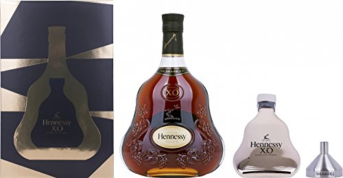 hennessy-xo-cognac-with-hip-flask-and-funnel