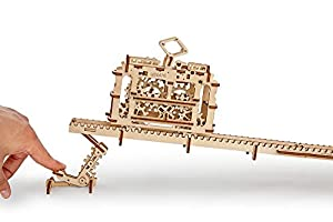 Ugears Tranvía con rieles - Mecánico 3D Rompecabezas de Madera -Kit de Construcción Sin Pegamento
