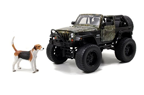 realtree-2007-jeep-wrangler-with-dog-1-24-by-jada-97143