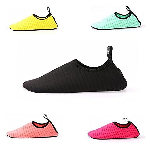 Calistouk Eau Chaussures Aqua Chaussures Homme Femme pour enfant Pieds nus à séchage rapide pour la natation, marche, yoga, Lac, plage, jardin, parc, noir