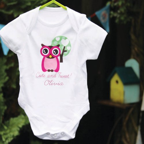 Bandana Schlafanzug (Kleine Eule Personalisierte Baby Grow Weste Einteiler Bandana Lätzchen Schlafanzug und Geschenk-Box Größe 0–18Monate)