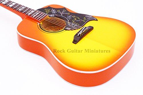 rgm27-keith-richards-hummingbird-chitarre-in-miniatura