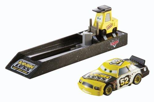 Disney Pixar Cars Mattel Y9062 CA Pit Stop Fahrzeug 3