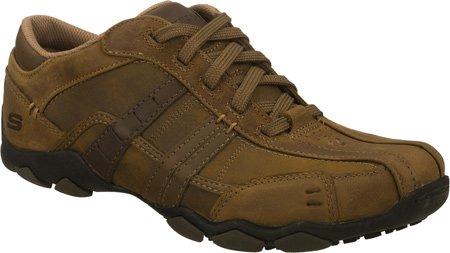 Skechers-Chaussures à col bas pour homme Marrone (Brown)