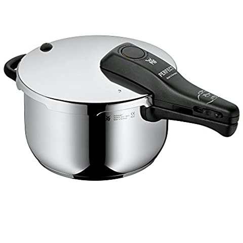 WMF Perfect Pressure cooker 4,5l without insert Ø 22cm Made in Germany internal scaling Cromargan stainless steel suitable for