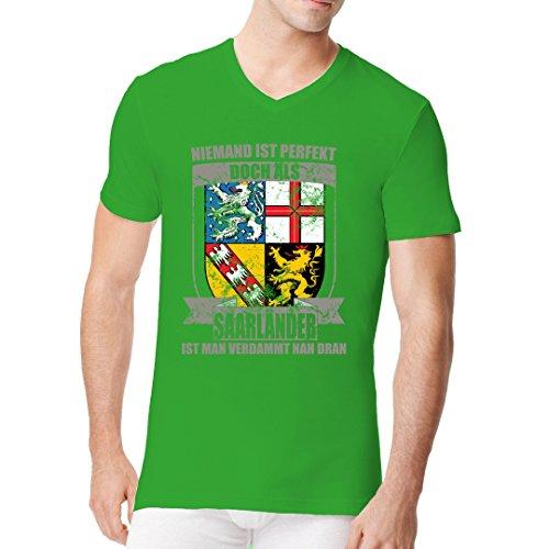 Fun Sprüche Männer V-Neck Shirt - Perfekter Saarländer Wappen by Im-Shirt Kelly Green