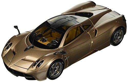 gt-autos-coche-a-escala-11007mbgold