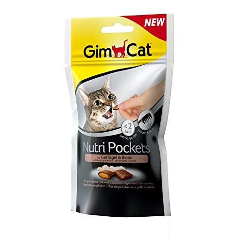 GimCat Nutri Pockets – Knuspersnack mit cremiger Füllung und funktionalen Inhaltsstoffen – ohne Zuckerzusatz – Geflügel & Biotin – 3 Beutel (3 x 60 g)